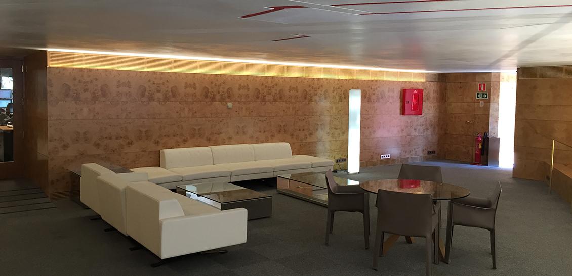 Reforma zona de entrada edificio bankinter madrid 2015 for Oficinas bankinter madrid